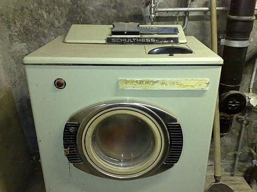 Wenn die waschmaschine stinkt for Schimmel in der waschmaschine
